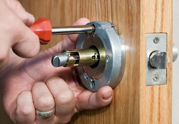 Locksmith repair service in DC
